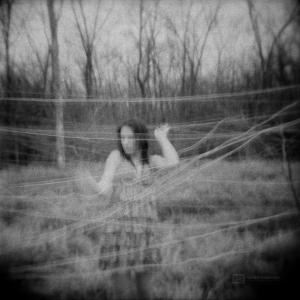 seance-photo-mode-portrait-lysiane-clement-2012-01-Lysiane-Argentique-001-900px